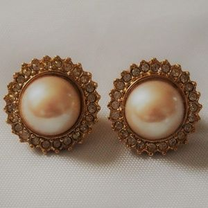 Stunning Vintage Faux Pearl & Rhinestone Earrings